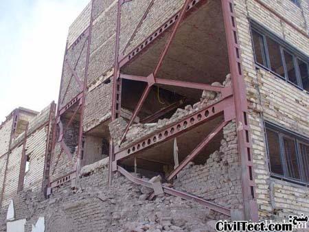بررسی اشکالات اجرایی در عکسهایی از زلزله ۸۲ بم (سری ۱)