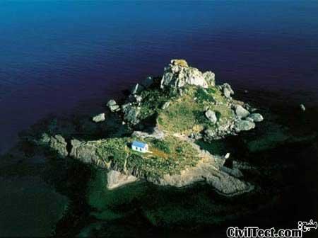 خانه ای روی جزیره