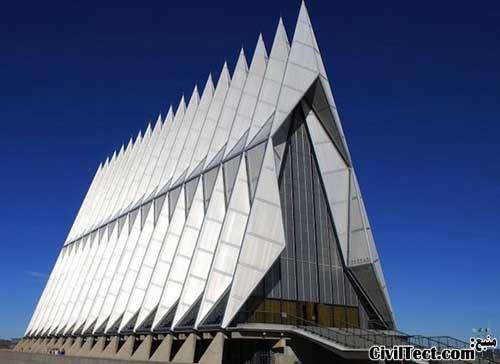 کلیسای دانشکده افسری آکادمی نیروی هوایی ایالات متحده آمریکا - الهام از ریاضی در معماری