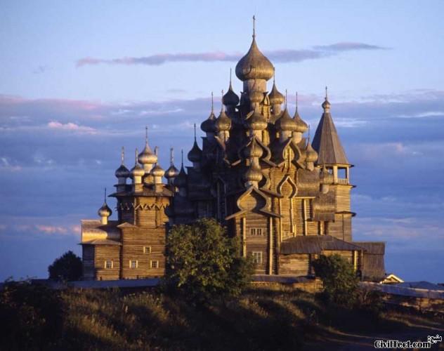 کلیسای تمام چوبی در روسیه