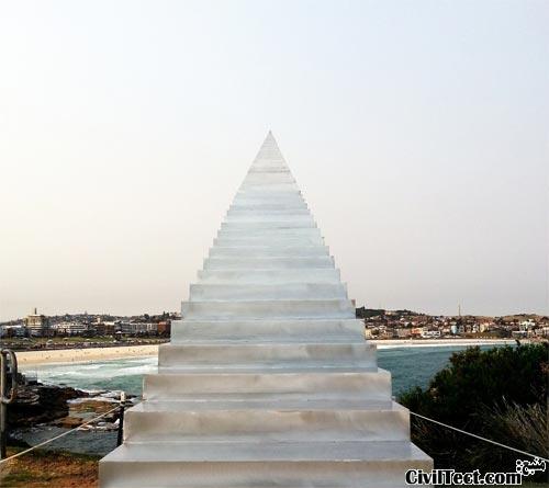مجسمه پله هایی به بهشت در سیدنی استرالیا
