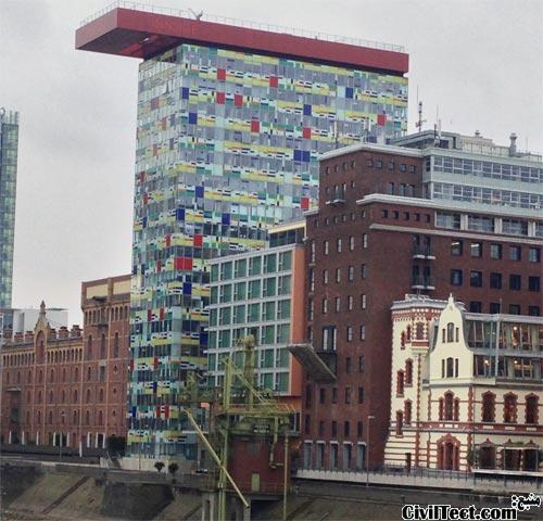 ساختمان Colorium دوسلدورف