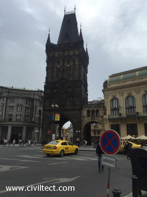 برج دروازه پودر پراگ