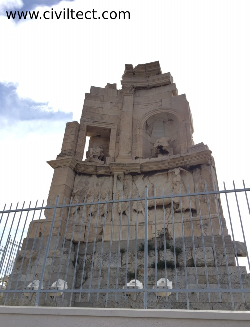 یادبود فیلوپاپوس